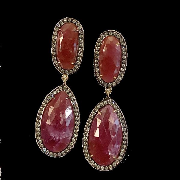 Boucles doreille rubis et diamants taille rose