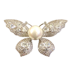 Broche grand papillon perle et cristaux