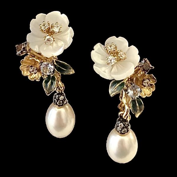 Boucles doreille perles et fleurs